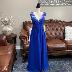 Windsor dress size 3/4  masquerade